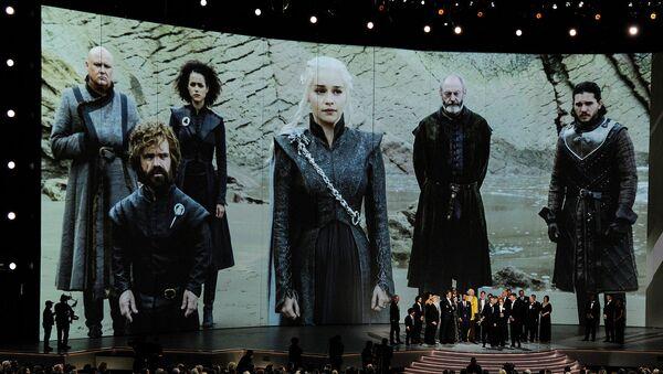 Творческий состав Игры престолов на сцене премии Эмми в театре Microsoft (17 сентября 2018). Лос-Анджелес - Sputnik Армения