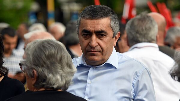 Армен Рустамян на митинге партии АРФ Дашнакцутюн на площади Свободы (23 мая 2019). Еревaн - Sputnik Армения