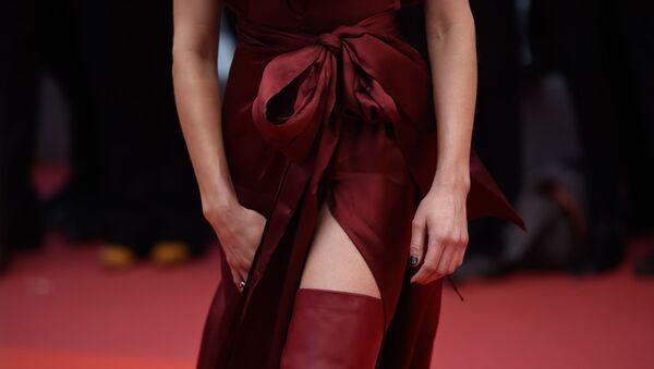 Актриса Эмбер Херд позирует перед показом фильма боль и слава  (Dolor Y Gloria) на 72-м Каннском кинофестивале, в Каннах, Франция. - Sputnik Армения