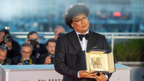 Корейский режиссер Пон Чжун Хо получил первую в истории Кореи Золотую пальмовую ветвь - Sputnik Армения