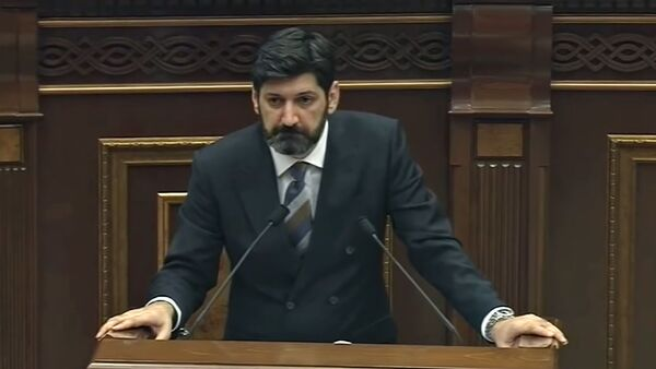 Речь адвоката Ваге Григоряна в Парламенте (23 октября 2018). Еревaн - Sputnik Армения