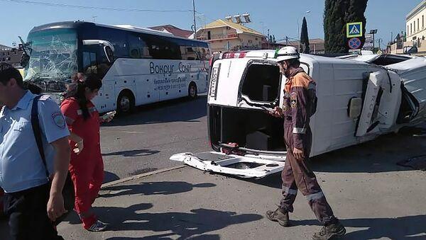 Дорожно-транспортное происшествие с участием двух автобусов (9 июня 2019). Сочи - Sputnik Արմենիա