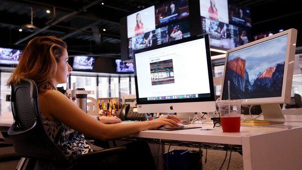 """Глава видео-продюсерского отдела """"Boston Globe"""", старший редактор, продюсер и журналист Ануш Элбакян - Sputnik Արմենիա"""
