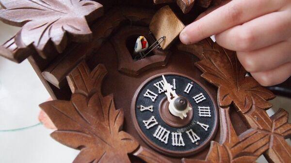 Часы с кукушкой - Sputnik Արմենիա