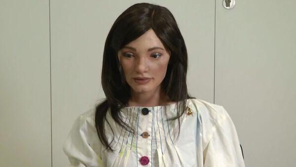Первый в мире робот-художник - Sputnik Армения