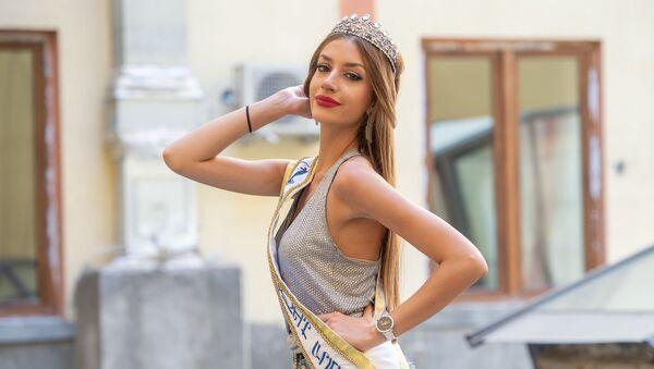 Победительница конкурса красоты Мисс Вселенная - Армения 2019 Даяна Давтян - Sputnik Արմենիա