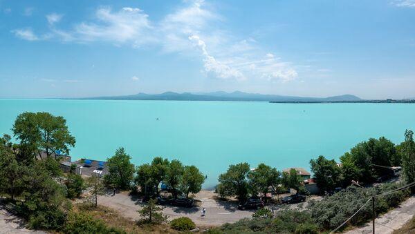 Вид на озеро Севан с дома творчества писателей - Sputnik Армения