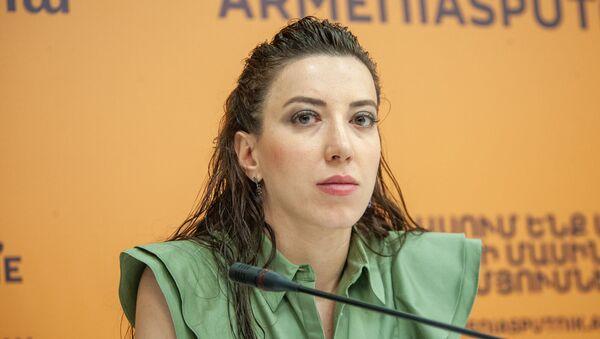 Сирануш Саакян на пресс-конференции в мультимедийном пресс-центре Sputnik (26 июля 2019). Еревaн - Sputnik Արմենիա