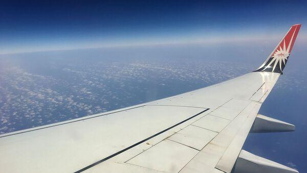 Самолет пролетает над Красным морем - Sputnik Армения