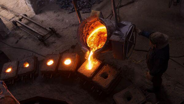 Производство шаров для рудных мельниц на медеплавильном заводе ACP, город Алаверди - Sputnik Армения