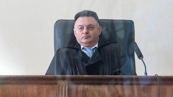Судья Давид Григорян во время заседания по делу 1 марта (17 мая 2019). Еревaн - Sputnik Արմենիա