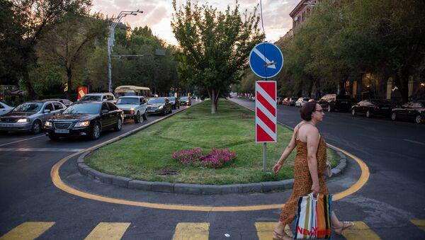Пешеходный переход на проспекте Саят-Новы - Sputnik Արմենիա