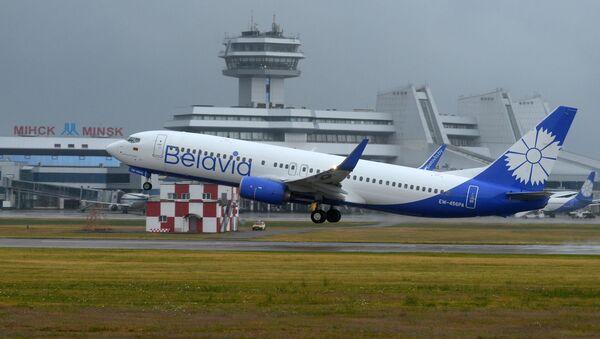 Самолет Belavia взлетает в Национальном аэропорту Минск - Sputnik Армения