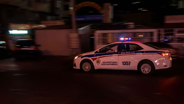 Автомобиль патрульной службы на улице Вардананц - Sputnik Արմենիա