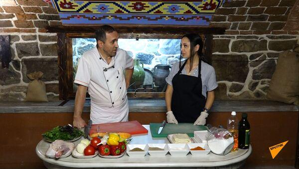 В гостях у шеф-повара: как приготовить окорок ягненка в слоеном тесте - Sputnik Армения