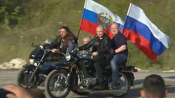 Путин на Урале приехал на байк-шоу - Sputnik Արմենիա