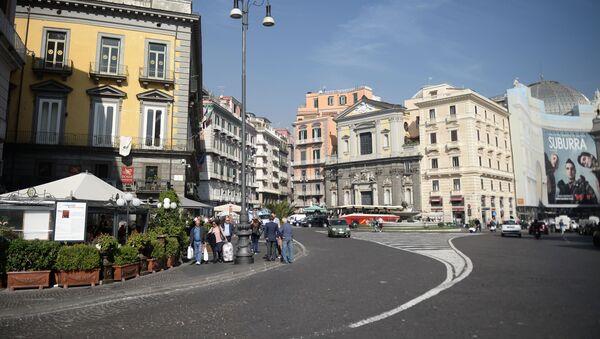 Площадь Триеста и Тренто в Неаполе. - Sputnik Արմենիա