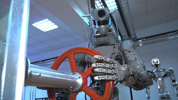 Робот Федор готовится на старт - Sputnik Армения