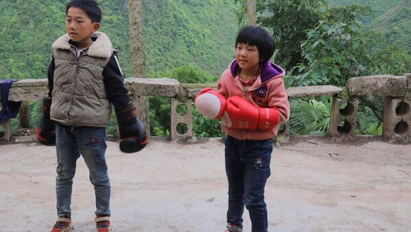 Малышка на миллион: 8-летняя звезда бокса - Sputnik Армения