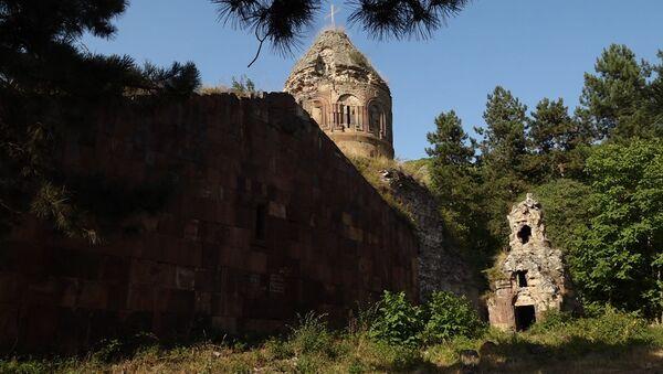 Монастырский комплекс Хоранашат у села Чинари - Sputnik Армения