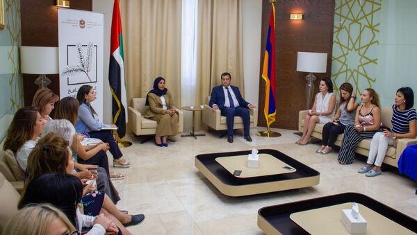 Консул ОАЭ в Армении Алхам аль Салами и Чрезвычайный и Полномочный посол Армении в ОАЭ Мгер Мкртумян - Sputnik Արմենիա