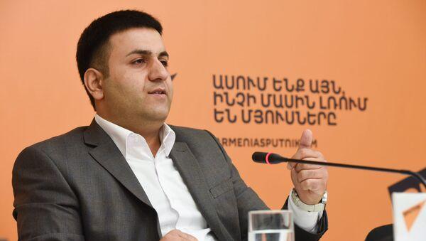Бабкен Арутюнян на пресс-конференции в пресс клубе Спутник Армения (27 авгвгуста 2019). Ереван - Sputnik Армения