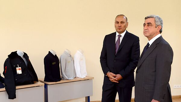 Президент Серж Саргсян посетил Комитет Гос.Доходов (18 января 2013). Еревaн - Sputnik Արմենիա
