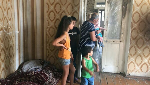 Съемная квартира семьи Есаян - Sputnik Արմենիա