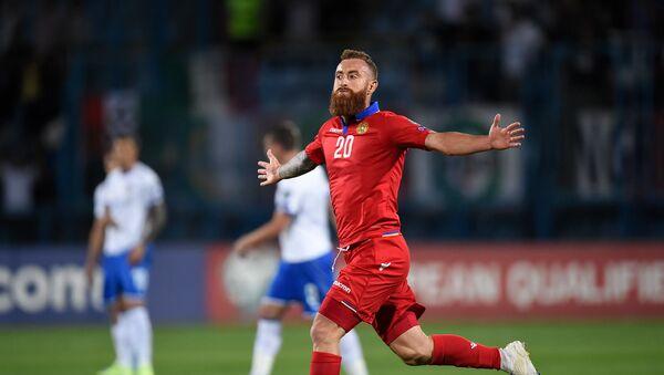 Александр Карапетян на матче Армения - Италия - Sputnik Армения