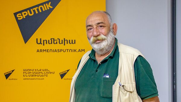 Баграт Эстукян - Sputnik Արմենիա