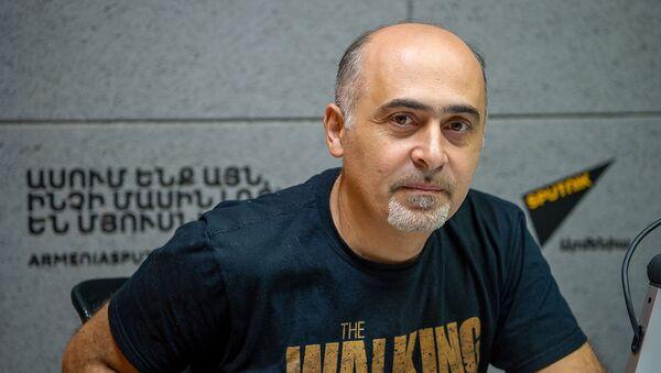 Эксперт по медиа-безопасности Самвел Мартиросян - Sputnik Արմենիա
