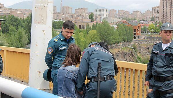 В Ереване предотвращена попытка самоубийства - Sputnik Армения