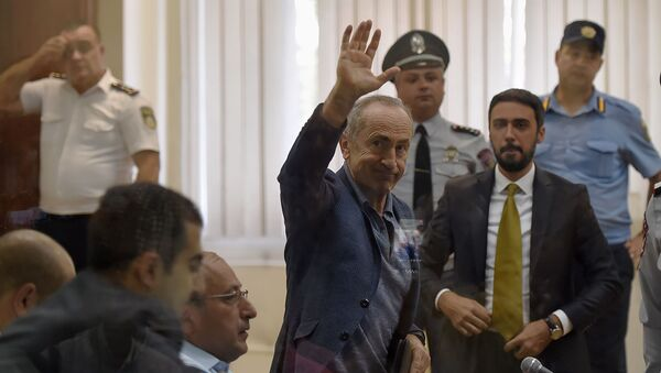 Роберт Кочарян перед началом судебного заседания по делу 1 марта (17 сентября 2019). Еревaн - Sputnik Արմենիա