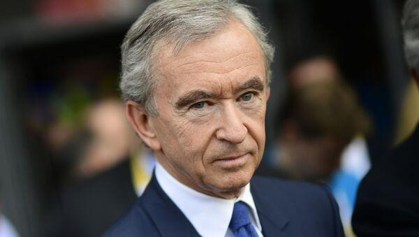 Французский бизнесмен и президент группы компаний Louis Vuitton Moët Hennessy Бернар Арно - Sputnik Արմենիա