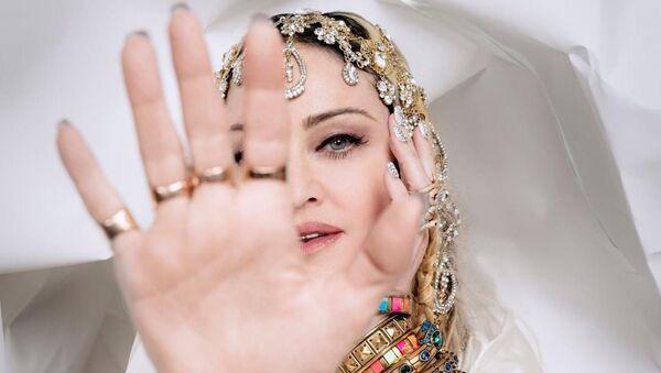 Мадонна в украшениях от Марианны Арутюнян - Sputnik Армения