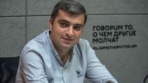 Эдуард Априян - Sputnik Արմենիա