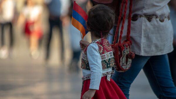 Праздничные гулянья в День Независимости Армении (21 сентября 2019). Ереван - Sputnik Армения