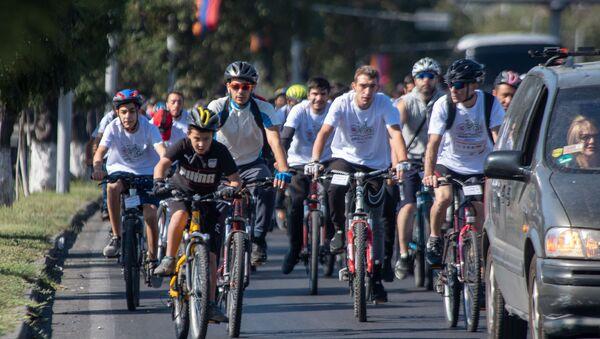 Велосипедный марафон Велотон Ереван (22 сентября 2019). Ереван - Sputnik Արմենիա