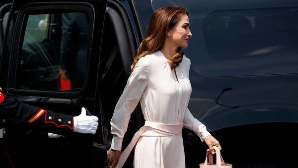 Королева Иордании Рания прибывает на встречу с президентом Дональдом Трампом и первой леди Меланией Трамп в Белом доме (25 июня 2018). Вашингтон - Sputnik Արմենիա