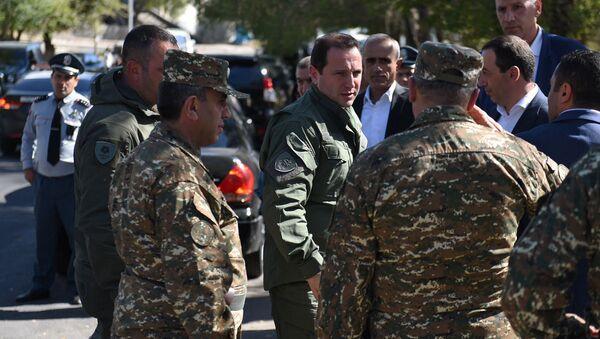 Министр обороны Давид Тоноян во время учения по мобилизации (24 сентября 2019). Абовян - Sputnik Армения
