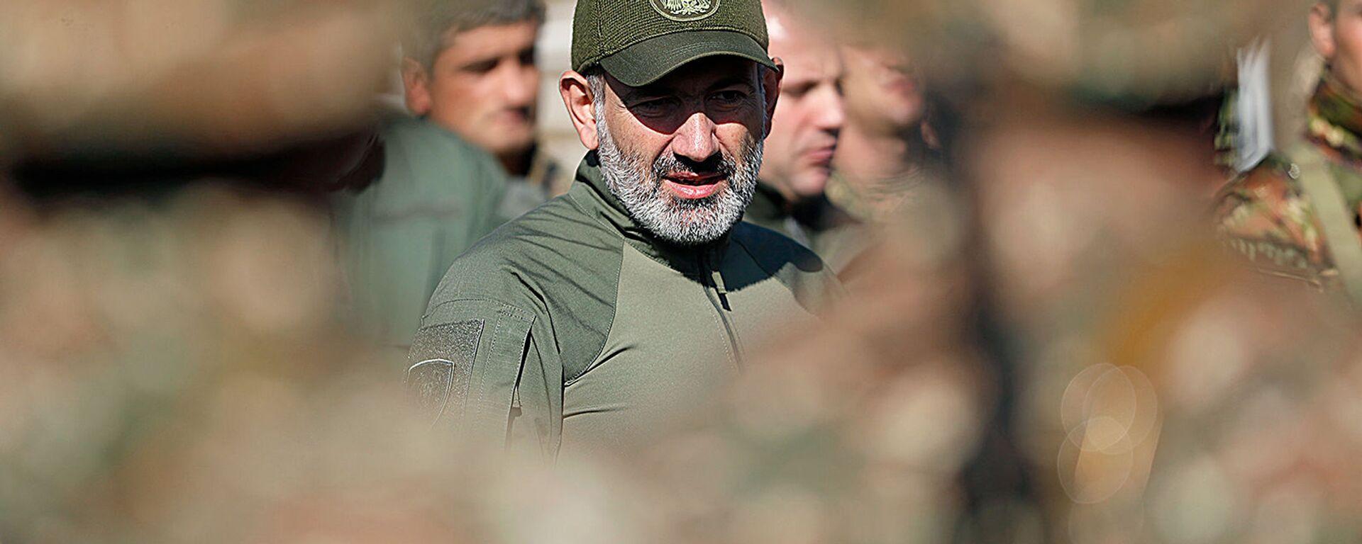 Премьер-министр Никол Пашинян посетил военные учения (28 сентября 2019). Армения - Sputnik Армения, 1920, 18.08.2021