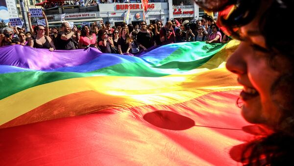 Гей-парад в Стамбуле - Sputnik Արմենիա