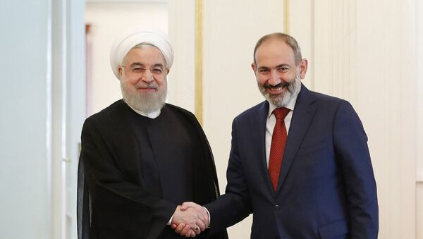 Премьер-министр Никол Пашинян встретился с Президентом Исламской Республики Иран Хасаном Роухани  (1 октября 2019) Еревaн - Sputnik Արմենիա