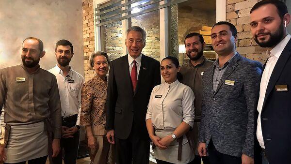 Премьер-министр Сингапура Ли Сянь Луна в ресторане Лаваш - Sputnik Армения
