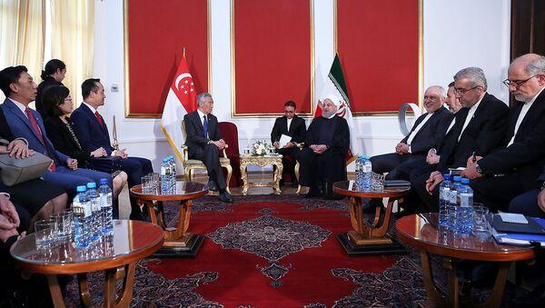 Встреча премьер-министра Сингапура Ли Сянь Луна и президента Ирана Хасана Роухани (1 октября 2019). Еревaн - Sputnik Армения