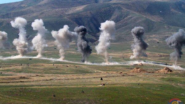 Военные учения Армии Обороны Карабаха - Sputnik Армения