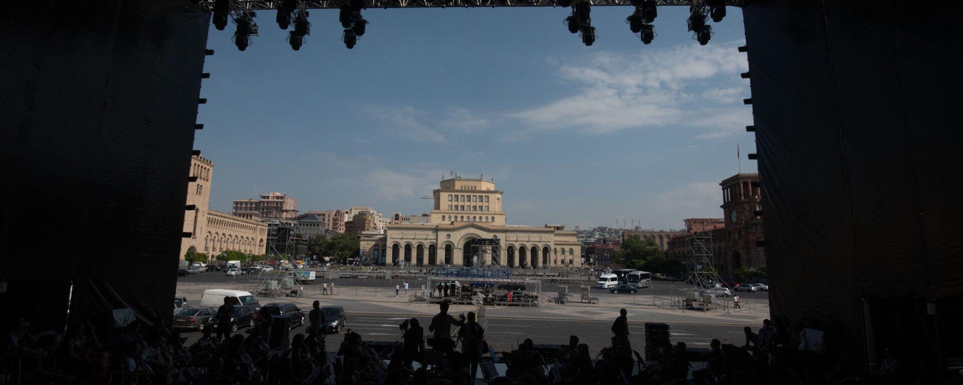 Генеральная репетиция оркестра WCIT перед концертом - Sputnik Армения, 1920, 14.09.2021