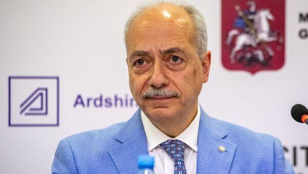 Президент Synopsys Armenia Ерванд Зорян на пресс-конференции в рамках форума WCIT 2019 (8 октября 2019). Еревaн - Sputnik Արմենիա
