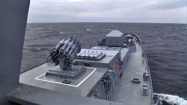 Ракеты Калибр успешно поразили мишени после пуска с подводной лодки Колпино - Sputnik Армения