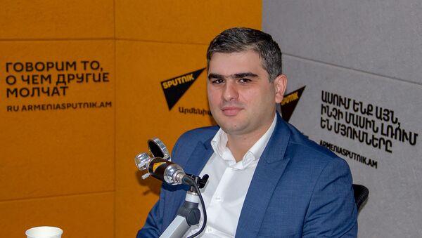Сурен Парсян - Sputnik Արմենիա